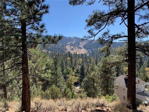 Photo of 867 Menlo Drive, Big Bear Lake, CA 92315 (MLS # 32005286)