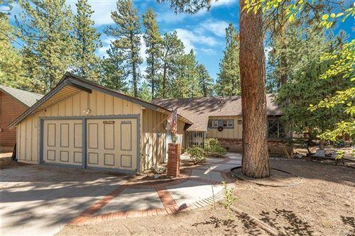 Photo of 39179 Chincapin Road, Big Bear Lake, CA 92315 (MLS # 32108291)