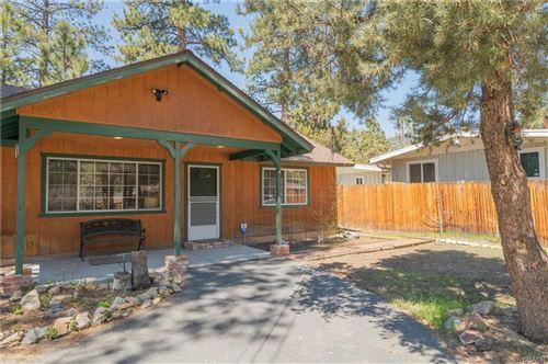 Photo of 1013 Tinkerbell Avenue, Big Bear City, CA 92314 (MLS # 32108293)