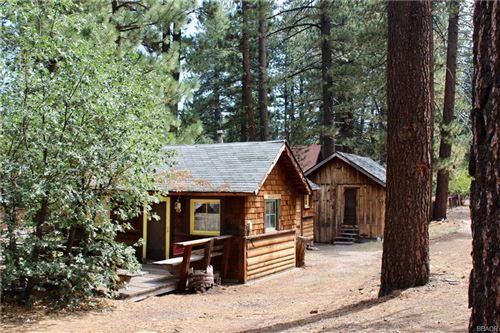 Photo of 867 Jaybird Lane, Big Bear Lake, CA 92315 (MLS # 32002302)