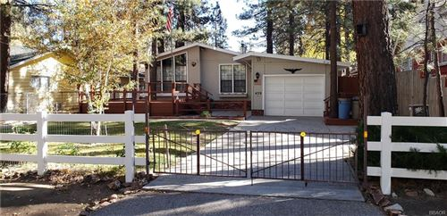 Photo of 429 Chickadee Drive, Big Bear Lake, CA 92315 (MLS # 31910303)