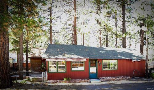 Photo of 744 Fir Street, Big Bear Lake, CA 92315 (MLS # 32005311)