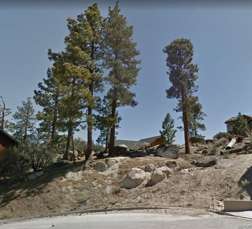 Photo of 0 Fawntrail, Big Bear Lake, CA 92315 (MLS # 32000314)