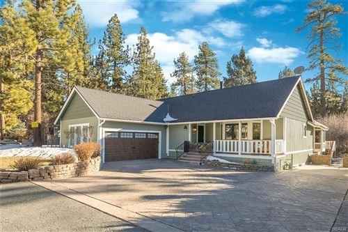 Photo of 42791 Ursa Major Way, Big Bear Lake, CA 92315 (MLS # 32100333)