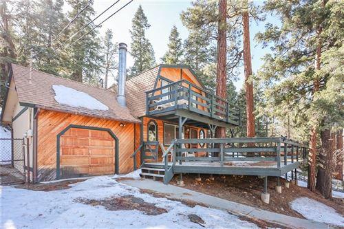 Photo of 43355 Deer Canyon Road, Big Bear Lake, CA 92315 (MLS # 32100335)