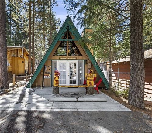 Photo of 42743 Cedar Avenue, Big Bear Lake, CA 92315 (MLS # 32100340)