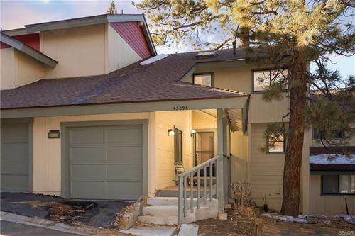 Photo of 43096 Deer Run Court #0, Big Bear Lake, CA 92315 (MLS # 32100343)