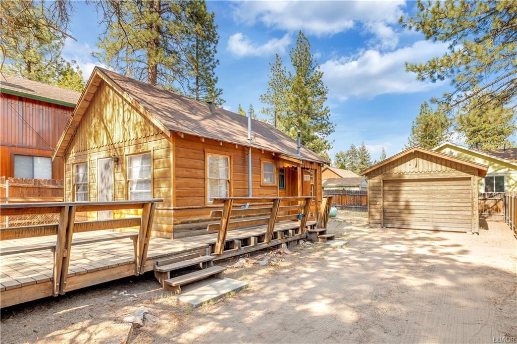 Photo of 1110 Sierra Avenue, Big Bear City, CA 92314 (MLS # 32105349)