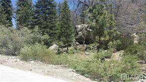 Photo of 1277-1285 Brookside, Fawnskin, CA 92333 (MLS # 32105351)
