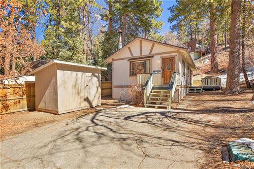 Photo of 43132 Grizzly Road, Big Bear Lake, CA 92315 (MLS # 32100352)