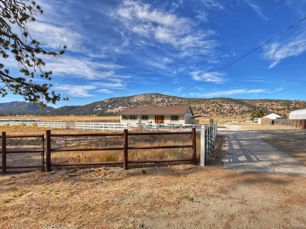 Photo of 1325 Barranca Boulevard, Big Bear City, CA 92314 (MLS # 32006352)