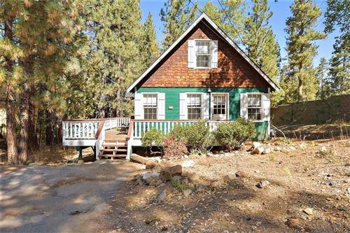 Photo of 41496 Oak Street, Big Bear Lake, CA 92315 (MLS # 32005353)