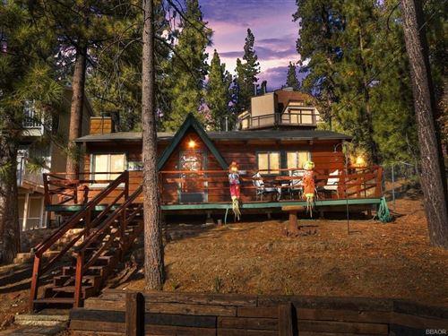 Photo of 42548 Cougar Road, Big Bear Lake, CA 92315 (MLS # 32006354)