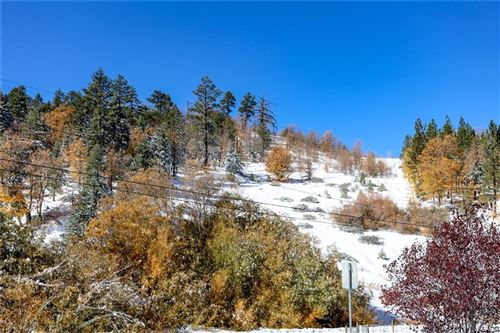 Photo of 40695 Cherry Lane, Big Bear Lake, CA 92315 (MLS # 32006364)
