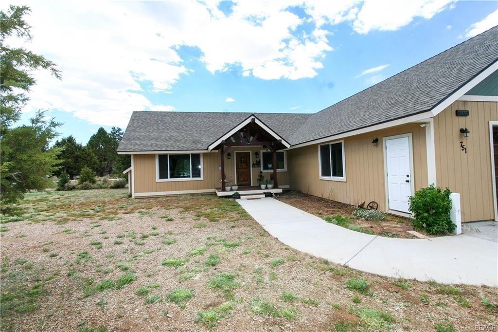 Photo of 751 West Lane, Big Bear City, CA 92314 (MLS # 32105367)