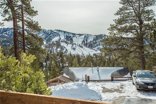Photo of 43469 Sheephorn Road, Big Bear Lake, CA 92315 (MLS # 32100369)