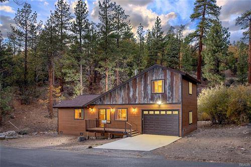 Photo of 1230 Canyon Road, Fawnskin, CA 92333 (MLS # 32108369)