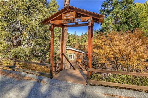 Photo of 43428 Primrose Drive, Big Bear Lake, CA 92315 (MLS # 32100370)