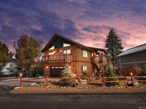 Photo of 1617 Malabar Way, Big Bear City, CA 92314 (MLS # 32006375)