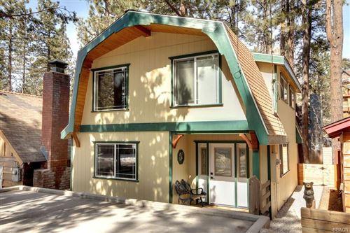 Photo of 43054 Sunset Drive, Big Bear Lake, CA 92315 (MLS # 32100381)