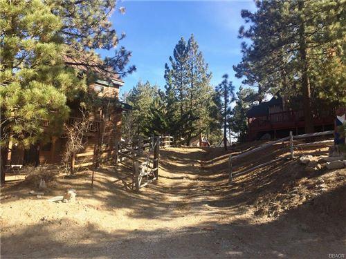 Photo of 337 Arroyo, Big Bear Lake, CA 92315 (MLS # 3175382)
