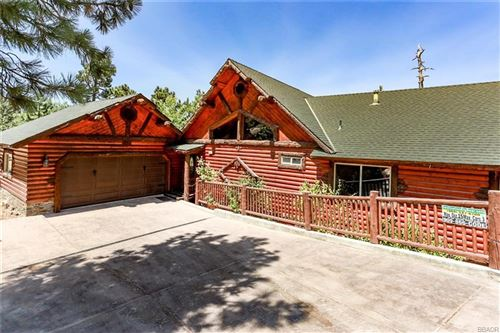 Photo of 354 Glenwood Drive, Big Bear Lake, CA 92315 (MLS # 32002388)