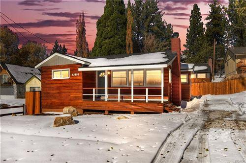 Photo of 42896 Sonoma Drive, Big Bear Lake, CA 92315 (MLS # 32006388)