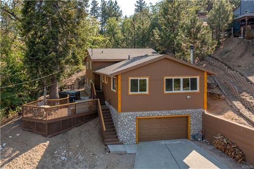 Photo of 43170 Moonridge Road, Big Bear Lake, CA 92315 (MLS # 32105391)