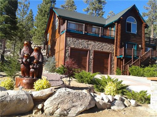 Photo of 42274 Castle Crag Road, Big Bear Lake, CA 92315 (MLS # 32101396)