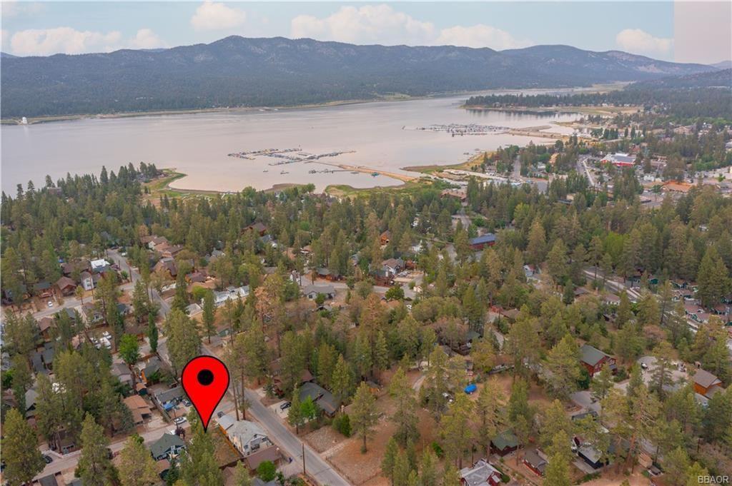 Photo of 0 Guinan Lane, Big Bear Lake, CA 92315 (MLS # 32105401)
