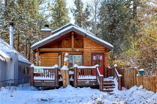 Photo of 42577 Falcon Avenue, Big Bear Lake, CA 92315 (MLS # 32006402)