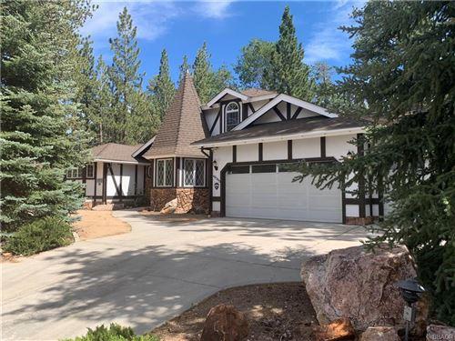 Photo of 42359 Heavenly Valley, Big Bear Lake, CA 92315 (MLS # 32002403)