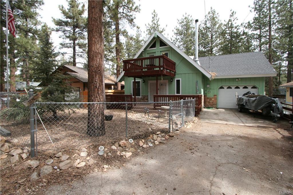 Photo of 1174 Pine Ridge Lane, Big Bear City, CA 92314 (MLS # 32101407)