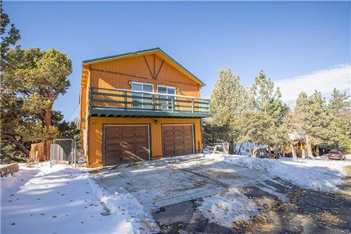 Photo of 577 Villa Grove Avenue, Big Bear City, CA 92314 (MLS # 32006410)