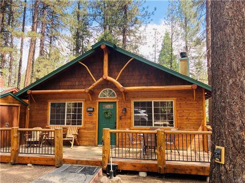 Photo of 42834 Willow Avenue, Big Bear Lake, CA 92315 (MLS # 32105418)