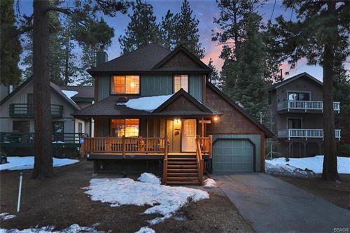 Photo of 784 Rueda Lane, Big Bear Lake, CA 92315 (MLS # 32101421)