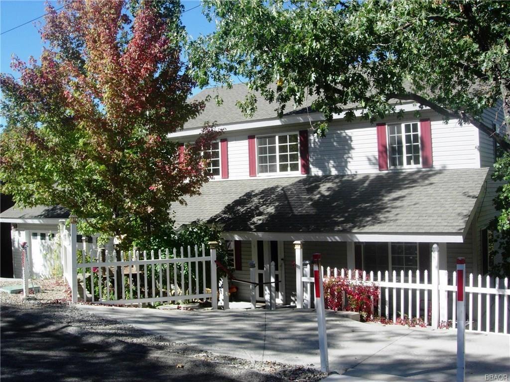 Photo of 440 Orange Avenue, Sugarloaf, CA 92386 (MLS # 32000425)