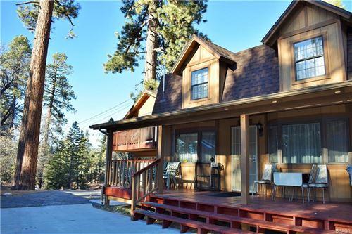 Photo of 43134 Moonridge Road, Big Bear Lake, CA 92315 (MLS # 32006429)