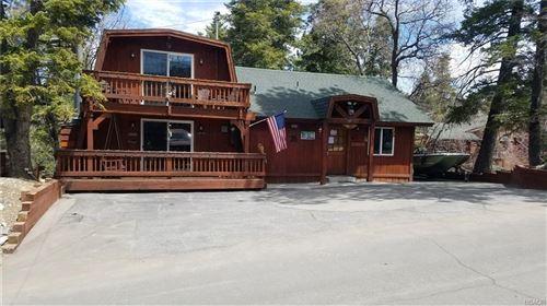 Photo of 43518 Ridge Crest Drive, Big Bear Lake, CA 92315 (MLS # 32101434)