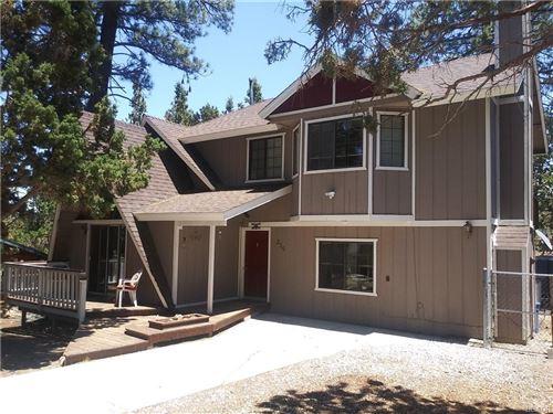Photo of 336 Brewer Way, Big Bear City, CA 92314 (MLS # 32105435)