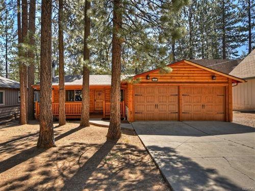 Photo of 421 Eureka Drive, Big Bear Lake, CA 92315 (MLS # 32002436)