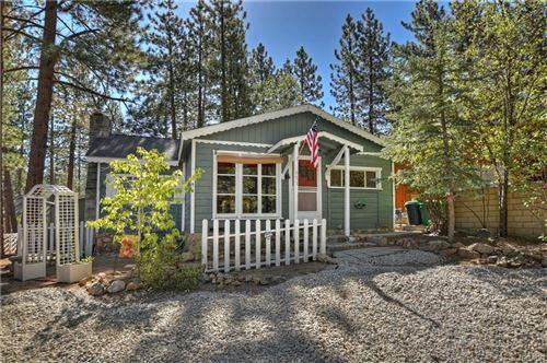 Photo of 651 Merced Street, Big Bear Lake, CA 92315 (MLS # 32002439)