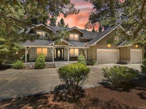 Photo of 41532 Stonebridge Road, Big Bear Lake, CA 92315 (MLS # 32105451)