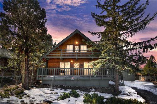 Photo of 1349 Flintridge Avenue, Big Bear Lake, CA 92315 (MLS # 32006453)