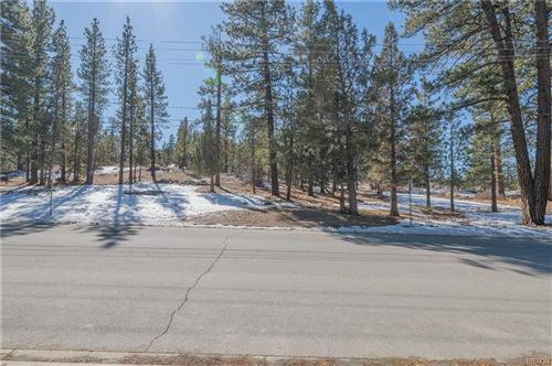 Photo of 0 Starvation Flats Road, Big Bear Lake, CA 92315 (MLS # 32002463)