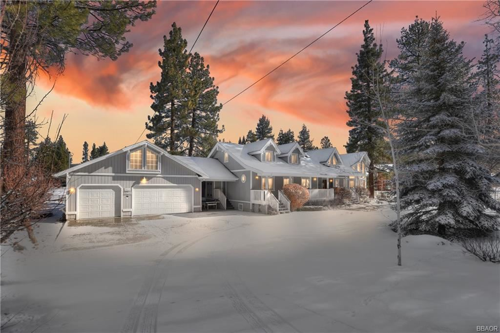 Photo of 40034 Lakeview Drive, Big Bear Lake, CA 92315 (MLS # 32101469)