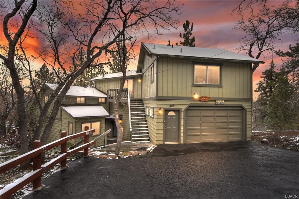 Photo of 1382 Lassen Court, Big Bear Lake, CA 92315 (MLS # 32101473)