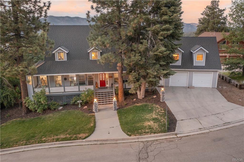 Photo of 841 Paine Road, Big Bear Lake, CA 92315 (MLS # 32105473)
