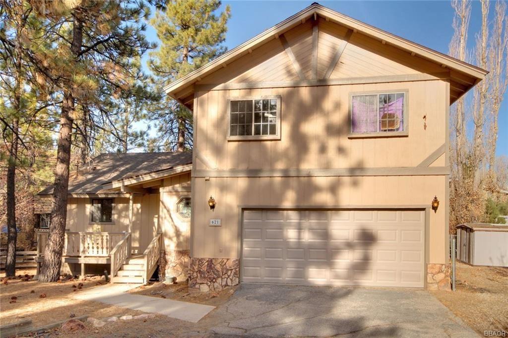 Photo of 621 Cienega Road, Big Bear Lake, CA 92315 (MLS # 32006486)