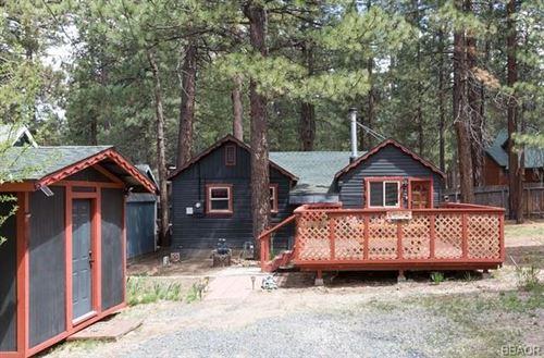 Photo of 440 Chip O Wood Lane, Big Bear Lake, CA 92314 (MLS # 32105496)